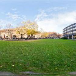Universität Mensa Innenhof