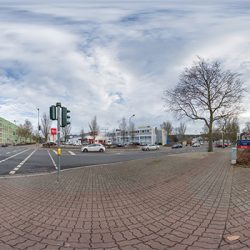 Altenwoogstraße / Barbarossaring