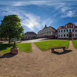 Schlossplatz 6