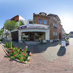 Schloßplatz 11