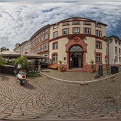 Domplatz 8